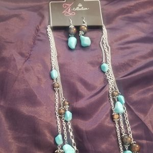 Turquois and Brown stoned necklace